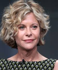 meg ryan s hairstyles over the years it s meg ryan the star of when harry met sally sleepless in
