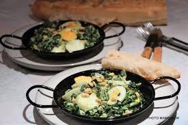 cuisiner le vert des blettes cassolette de feuilles de blette aux oeufs