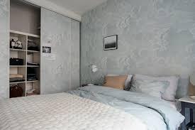 wohnideen schlafzimmer skandinavisch skandinavisch wohnen schlafzimmer doppelbett wandtapete wolken