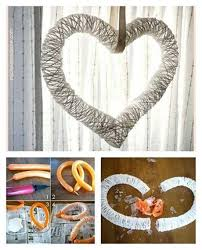 wonderful diy yarn wreath with balloon