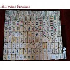 mahjong ustensile de cuisine ancien jeu de mah jong 136 tuiles en os et bambou ma brocante