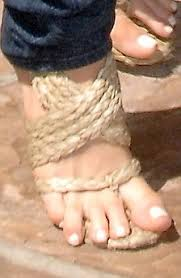 Ugly Feet Meme - as sarah brown reveals her extremely unattractive feet here s the