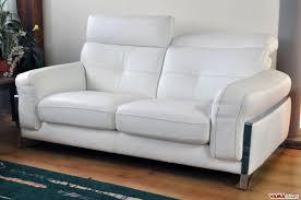 prezzo divani divano in offerta moderno in pelle con poggiatesta reclinabile