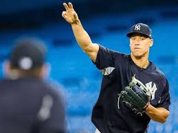 Aaron Judge Made His Mlb Debut In Center Field - at 6 foot 7 judge to tie mlb record for tallest center fielder