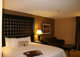What Is The Measurements Of A King Size Bed Rooms And Suites At Hampton Inn Plano North Dallas