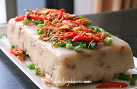 how must food be kept in a steam table chinese steamed radish cake 萝卜糕 the domestic goddess wannabe
