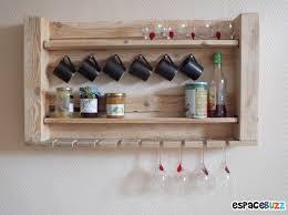 cuisine en palette bois table cuisine palette fabriquer meuble tv avec palette diy table
