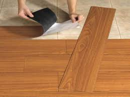 Laminate Flooring That Looks Like Hardwood How Linoleum That Looks Like Wood Can Give The Impression Of Real