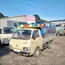 toyota hiace truck left hand drive toyota hiace lh20 2 2 diesel single wheel 2 5 ton