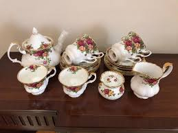 country roses tea set royal albert country roses tea set in portsmouth hshire