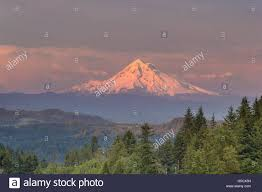 Valley Oregon Mount Evening Alpenglow During Sunset From Happy Valley Oregon