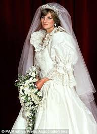 wedding dress kate middleton princess kate wedding dress princess diana s puffball sleeves