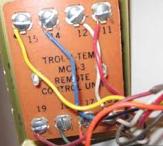i need some help wiring a new thermostat i am replacing an old