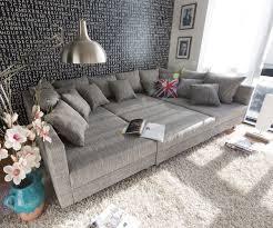 Einrichtung K He Couch Clovis Hellgrau Strukturstoff Mit Hocker Wohnlandschaft