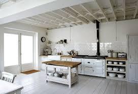 carrelage vintage cuisine cuisine blanche vintage avec crédence carrelage blanc