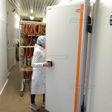 chambre froide traduction porte pour chambre froide de laboratoire battante coldroom builder