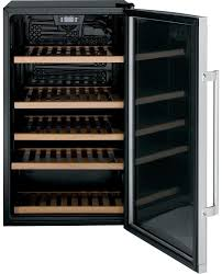 Mini Bar Fridge Glass Door by Ge Gvs04bdwss 19 Inch Beverage Center With 31 Bottle Capacity 109