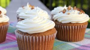 easy carrot cake cupcakes recipe bettycrocker
