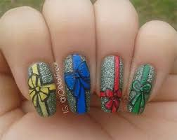 12 easy christmas present nail art designs ideas trends