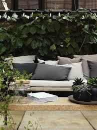 coussin pour canap de jardin le gros coussin pour canapé en 40 photos gros coussin pour