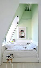 cuisine mansard 10 idées pour aménager un mansard spaces bedrooms and room