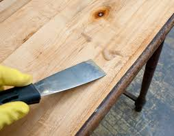 How To Remove Wood Laminate Flooring 7 Easy Tips How To Remove Veneer Salvaged Inspirations