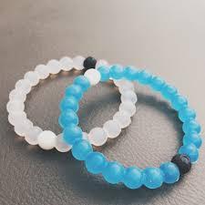 bracelet review images Lokai bracelet review t h a v y t i m e jpg