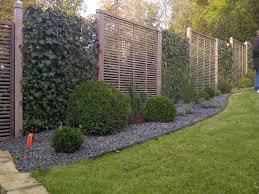 Gartengestaltung Mit Steinen Und Grsern Modern Awesome Gartengestaltung Sichtschutz Stein Images House Design
