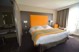 deco chambre orange exemple pour une surprenante décoration chambre hotel
