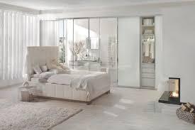 weiße schlafzimmer frische farben fürs schlafzimmer 74 wohnideen in weiß