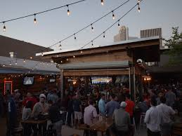 Patio Bars Houston Best New Patios Dine Outdoors At 10 Hotspots With Celebrity