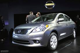 nissan versa trim levels nyias 2011 nissan versa sedan live photos autoevolution