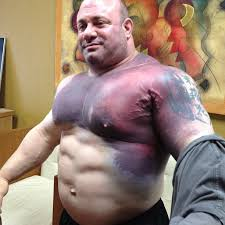 How Much Can Triple H Bench Press Scott Mendelson After He Tore His Pec Breaking The World Record