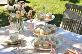 Vintage Garden Wedding Ideas Vintage Garden Ideas Wedding Tips And Inspiration