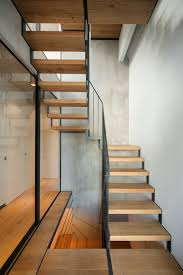 Narrow Staircase Design Hout Glas Japan Herenhuis Sky Court Keji Ashizawa Het