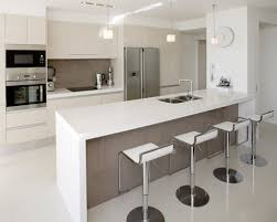 Kitchen Cabinet Designs For Small Kitchens by Best 20 Small Modern Kitchens Ideas On Pinterest Modern Kitchen