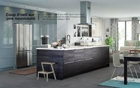 cuisine effet bois portes d armoire et façades de tiroir gris turquoise et d autres