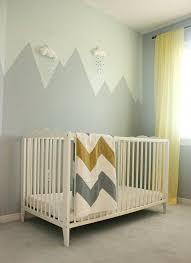 peinture mur chambre bebe peinture chambre bébé chambre