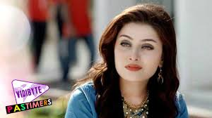 actress in capitol one commercial2015 top 10 most beautiful pakistani actresses youtube