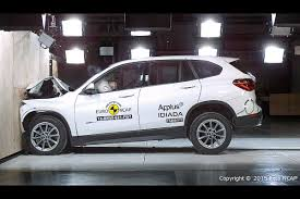 crash test siege auto 0 1 2015 bmw f48 x1 gets 5 in ncap