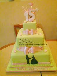 15 wedding anniversary 15th wedding anniversary cake green and pink cake gatsy cakes