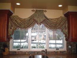 Swag Curtains For Dining Room 288 Best Curtains Swags U0026 Jabots Images On Pinterest Curtain