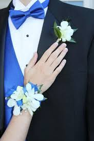 royal blue boutonniere 32 best boutonnieres images on boutonnieres marriage