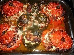 cuisiner coeur de boeuf recette de tomates coeur de boeuf et courgettes rondes farce au parmesan