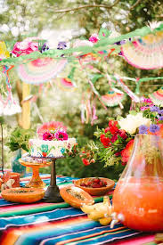 Mexican Themed Decorations Best 25 Mexican Birthday Ideas On Pinterest Fiesta Theme Party