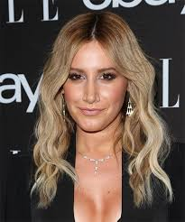 root drag hair styles ashley tisdale long wavy casual hairstyle medium blonde