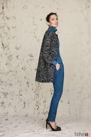 imagenes look invierno nieves álvarez con un total look azul de trucco otoño invierno 2016