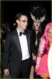 adam levine u0026 behati prinsloo hold hands after halloween party