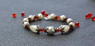 glass pearl bracelet images Easy pandahall project how to make simple flower pearl bracelet jpg