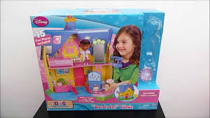 doc mcstuffins playhouse doc mcstuffins doc is in clinic playhouse review youtube